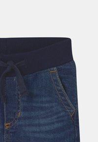 GAP - TODDLER - Denim shorts - dark wash indigo - 2
