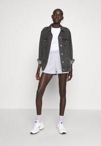 Dorothy Perkins Tall - LETTUCE EDGE TEE 2 PACK  - Basic T-shirt - black/white - 1