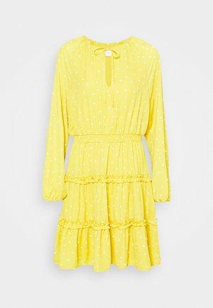 VIDOTTIES DRESS - Day dress - spicy mustard/cloud dancer