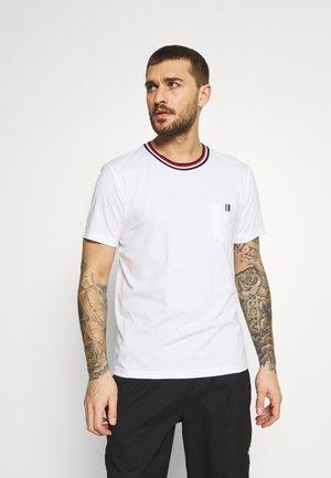 KARISTO - Print T-shirt - optic white