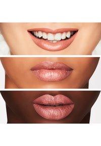 MAC - MATTE LIPSTICK - Lipstick - honeylove - 1