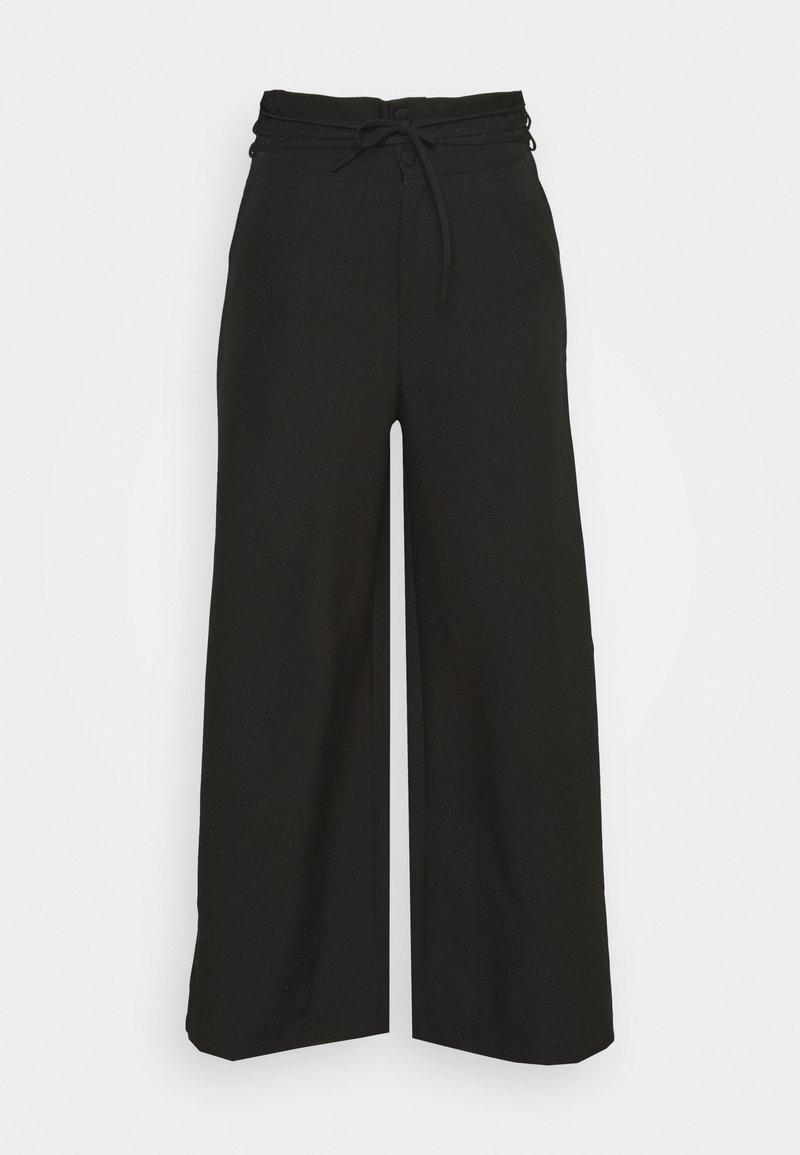 Missguided Plus - DEEP WAIST BAND WIDE LEG TROUSER - Trousers - black