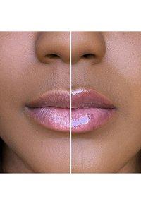 Too Faced - LIP INJECTION MAXIMUM PLUMP - Lip plumper - maximum plump - 5