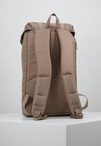 Herschel - LITTLE AMERICA LIGHT - Tagesrucksack - pine bark - 2