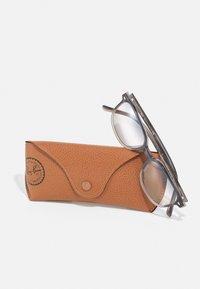 Ray-Ban - Sunglasses - grey havana - 3