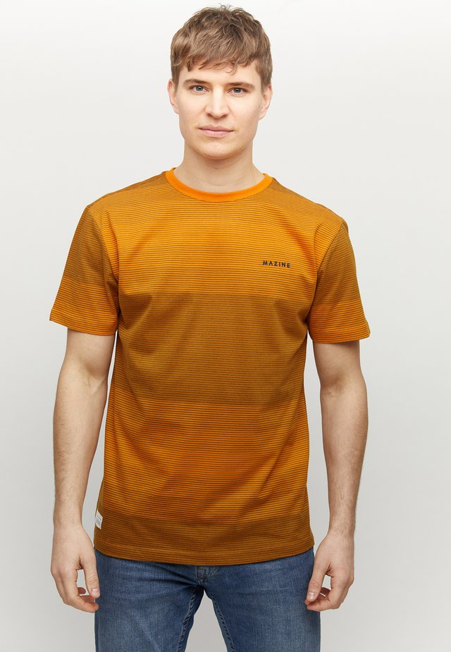 CARNO - T-shirt med print - orange