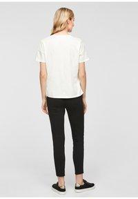 comma - Print T-shirt - white - 2