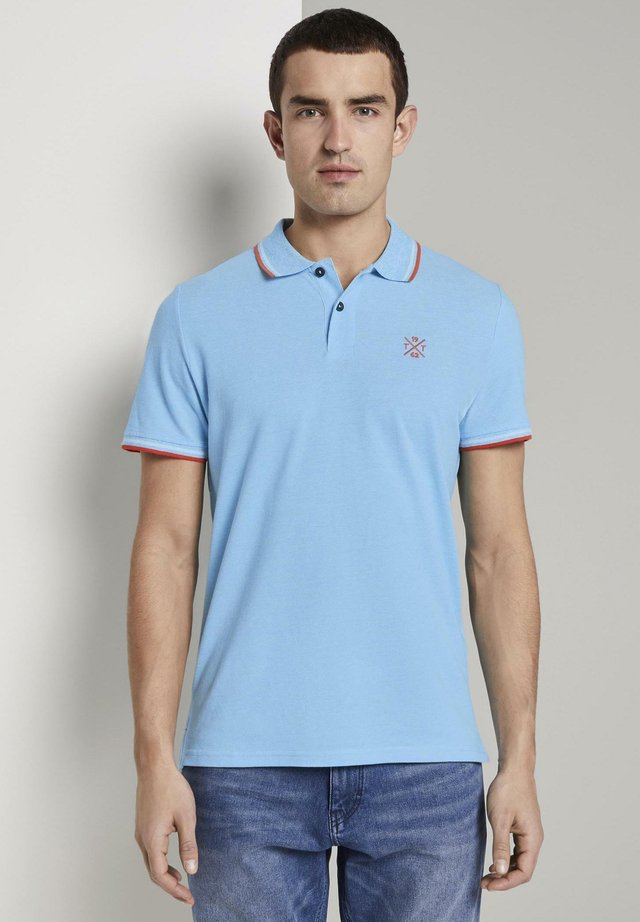 TWO-TONE TIPPING POLO - Polo - teal two tone pique