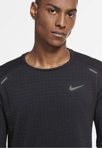 Nike Performance - SPHERE ELEMENT CREW 3.0 - Fleece jumper - black/black - 3