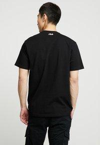 Fila - PURE TEE - Print T-shirt - black - 2