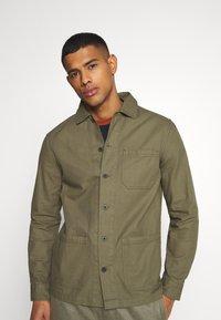 Burton Menswear London - LONG SLEEVE POCKET - Shirt - khaki - 0