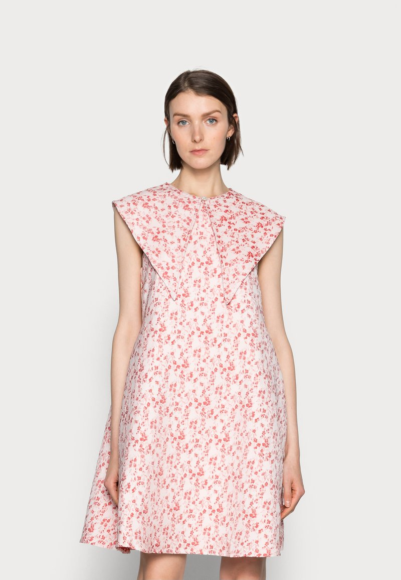 Love Copenhagen - FIOLS DRESS - Day dress - pink wallpaper