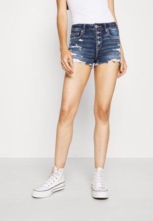 SHORTIE - Jeans Shorts - tinted medium