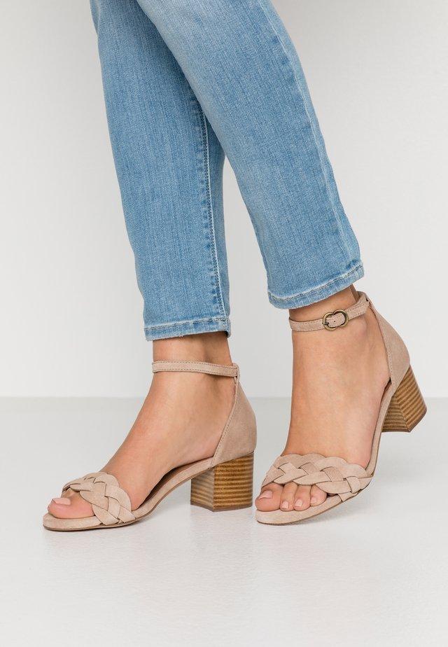 Sandales - sable