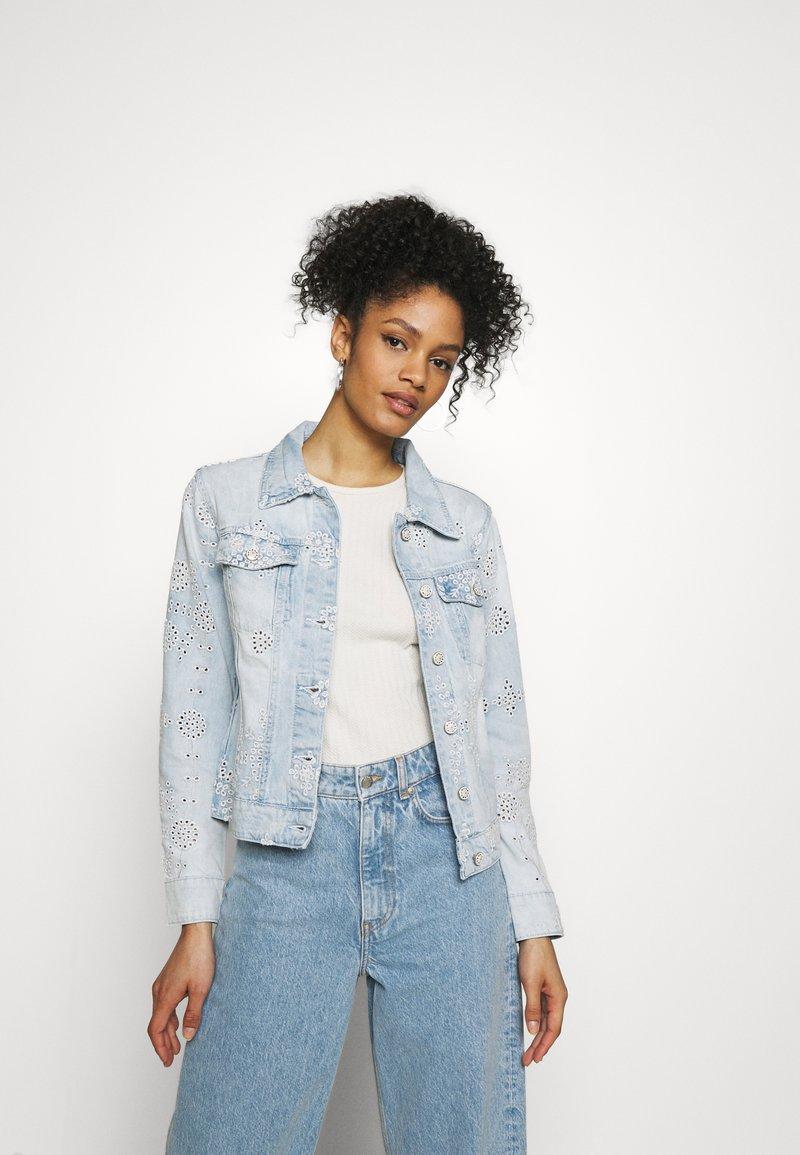 Desigual - CHAQ CALM - Veste en jean - blue