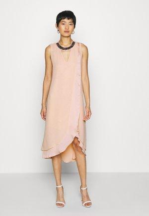 NECK OVERLAYER DRESS - Juhlamekko - blush