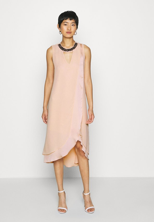 NECK OVERLAYER DRESS - Juhlamekko - blush