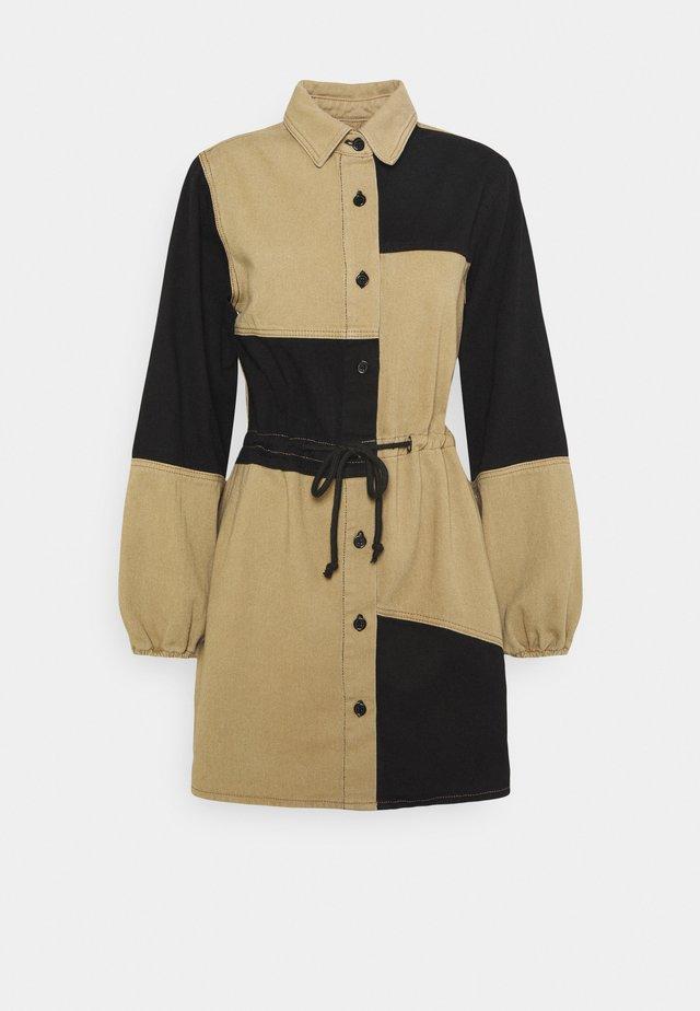 COLOURBLOCK DRESS - Spijkerjurk - black