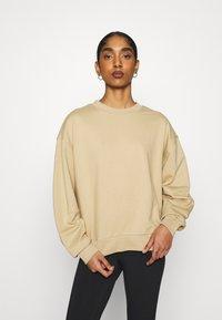 Weekday - HUGE CROPPED - Sweatshirt - beige - 0