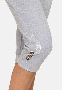 Stockerpoint - ASHLEY - Trousers - grey - 4