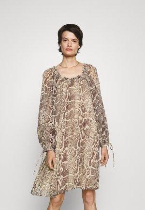 ELLETTRIA - Day dress - wood