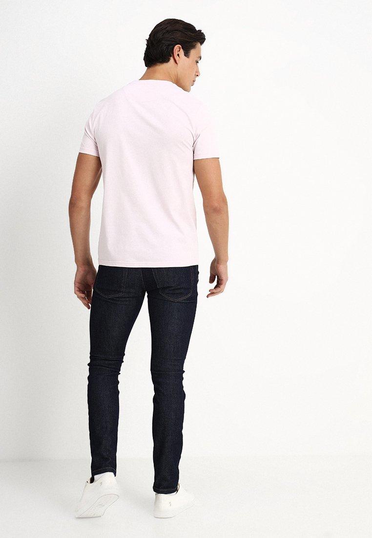 Lyle & Scott Basic T-shirt - dusky lilac QG99G