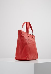 Liebeskind Berlin - TOTEM - Handbag -  red - 3