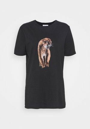 COUGAR TEE - Print T-shirt - black
