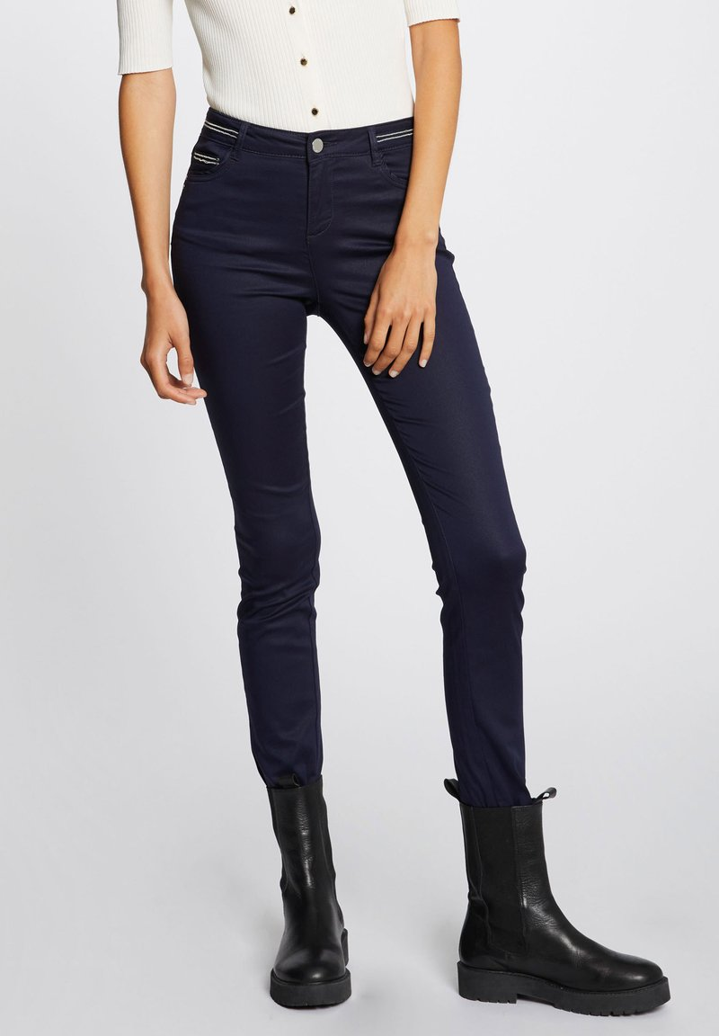 Morgan - WITH WET EFFECT - Trousers - dark blue