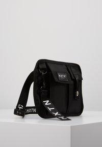 HXTN Supply - PRIME FACTION CROSSBODY - Bum bag - black - 3