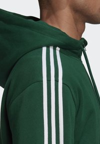 adidas Originals - STRIPES HOODIE - Hoodie - green - 5