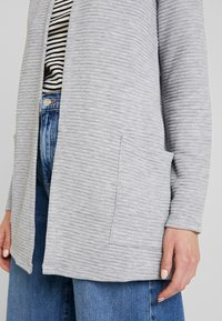 ONLY - ONLKIMBERLY JOYCE LONG CARDIGAN - Strikjakke /Cardigans - light grey - 5