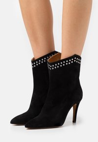 Toral - Classic ankle boots - black - 0