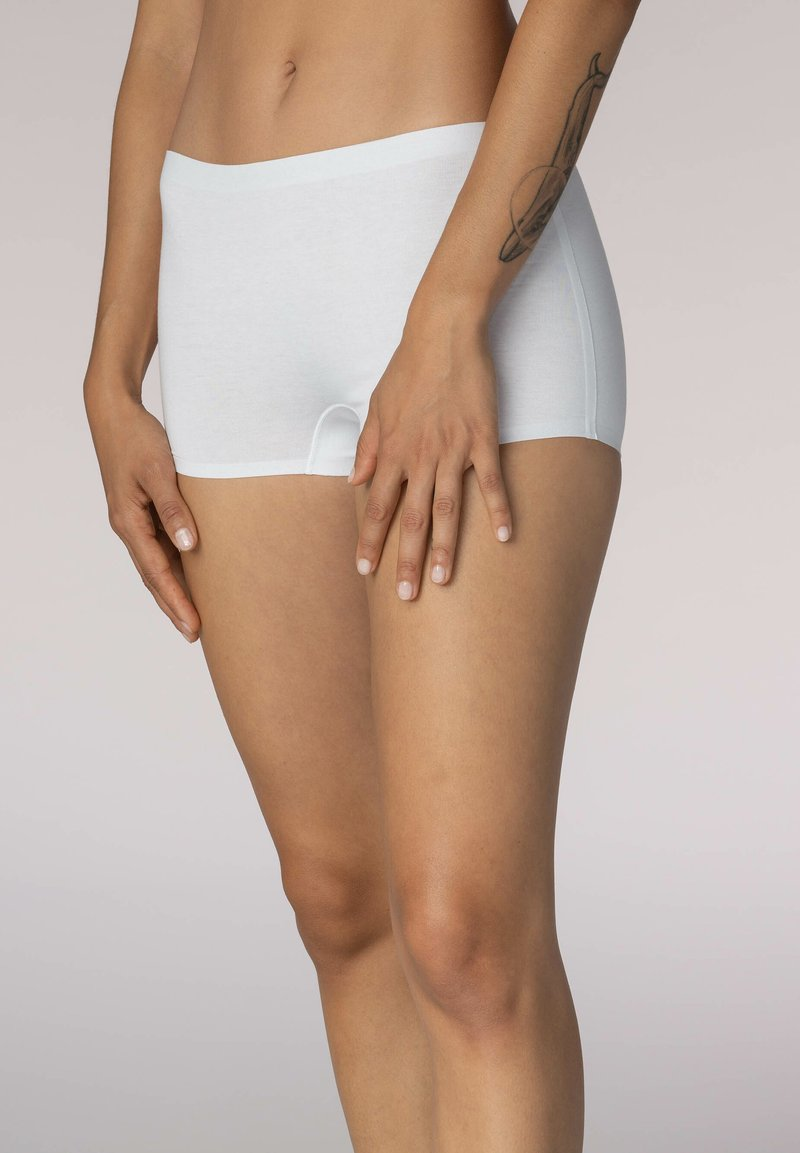 mey - SHORTS SERIE NATURAL SECOND ME - Pants - weiss