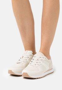Esprit - AMBRO LU - Sneakers basse - beige - 0