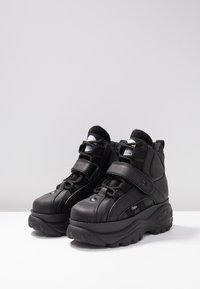 Buffalo London - Höga sneakers - black - 4