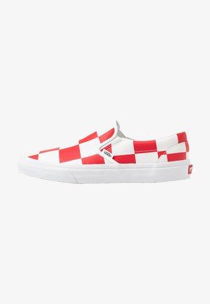 CLASSIC - Scarpe senza lacci - true white/racing red