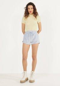 Bershka - Shorts - light blue - 1