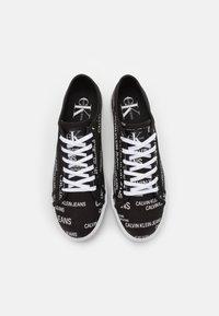Calvin Klein Jeans - LACEUP  - Tenisky - black - 3