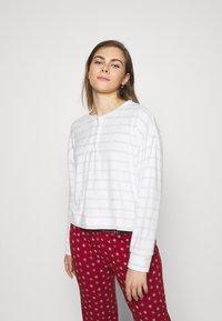 GAP - SUM TOWEL TERRY HENLEY - Pyjama top - heather varigated - 0