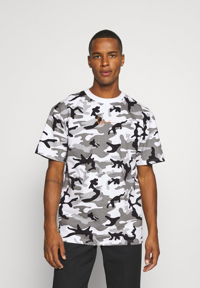 SMALL SIGNATURE CAMO TEE - T-shirts print - white