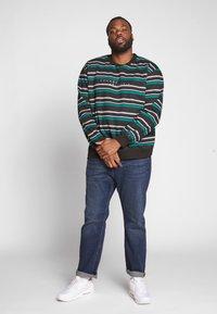 Common Kollectiv - GOLF CREW NECK - Sweatshirt - black - 1