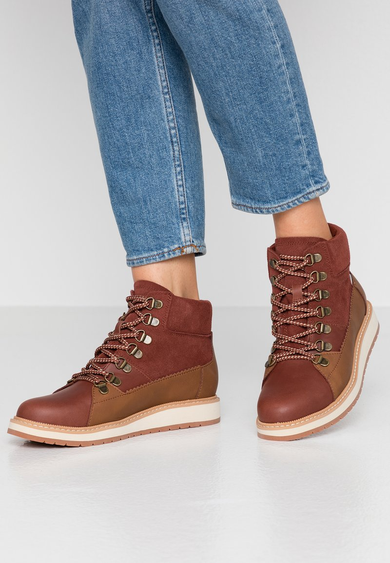 TOMS - MESA - Lace-up ankle boots - brown