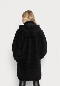 ONLY - ONLSASCHA JACKET - Winter coat - black - 2