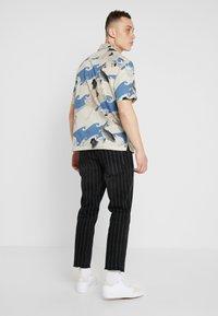 YOURTURN - Slim fit jeans - black - 2