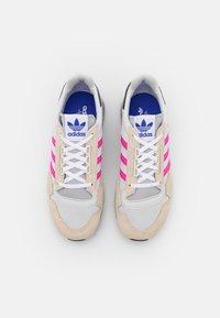adidas Originals - ZX 500 - Joggesko - white/shock pink/footwear white - 5