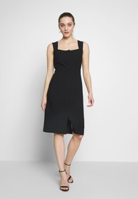 Sisley - DRESS - Shift dress - black - 0