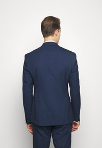 Isaac Dewhirst - CHECK SUIT DOUBLE BREASTED - Completo - dark blue - 3