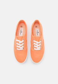 TOM TAILOR - Sneakers basse - salmon - 5