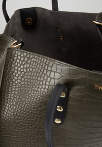 TWINSET - CROCO UNLINED - Tote bag - military - 4